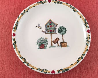 Vintage Thomson Bird House Salad Dessert Plates Birds Red Hearts Topiary, Vintage Pottery Plates,Vintage Country Kitchen, Thomson Bird House