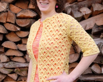 DUTCH PATTERN Haakpatroon DIY luchtig zomervest met schelppatroon voor dames / apilou haakproject damesvest gele cardigan haken patroon