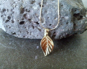 SALE! Leaf Necklace - Tiny Gold Leaf - Leafy Necklace -bridesmaid gifts - Wedding Necklace - Simple Jewelry