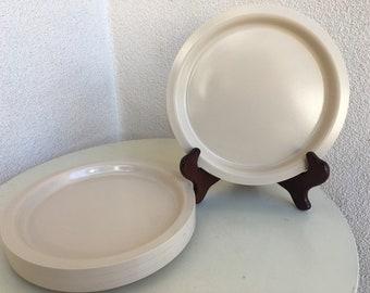 Vintage Kasen melamine plastic plates set 4 ivory beige 8  & Hipster plates | Etsy