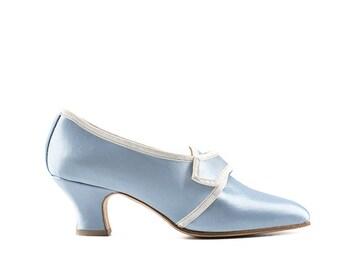 Paoul Marie Antoinette 18th century light-blue satin woman shoes style 738_50T
