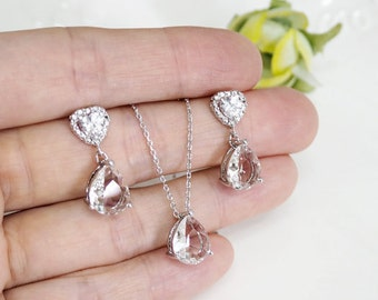 Bridesmaid gift set- clear crystal necklace, Champagne pendant necklace,cubic zirconia earring, glass stone, Bridesmaid gift, heart earring