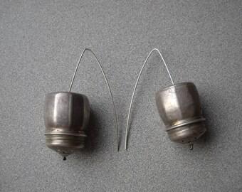 Salt and pepper repurposed earrings