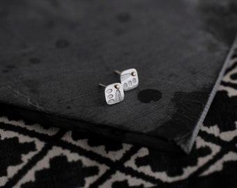 Mystical orient leaf studs/earrings with drops of 14kt gold