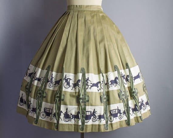 Horse 24W Novelty and 1950s XS Skirt Buggy 30L pqdc8