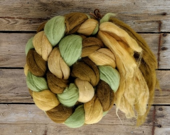 Merino Wool Tops, Natural Dyed, Felting Supplies, Wool Rovings, Wet Felting, Needle Felting, 300g/10.6oz, Fairtrade