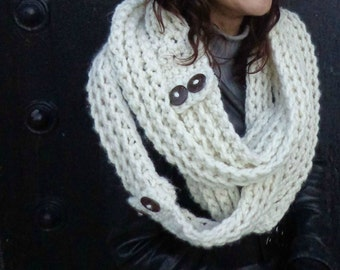 Chunky Scarf, Chunky Infinity Scarf, Stacking Scarf, Skinny Scarf, Infinity Scarf, Chunky Statement Scarf, Fashion, Chunky, Coconut Buttons