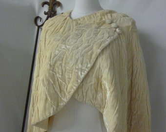 1930's Cream Silk Velvet Wrap/Cape