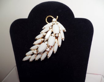 1950's Unsigned Brooch with White Glass Stones