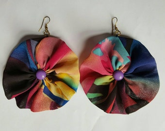 Multicolored cotton fabric circular earrings with purple button at the centre