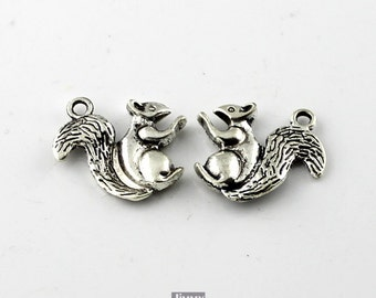 10pcs 20X21mm Antique Silver Squirrel Charms Pendant