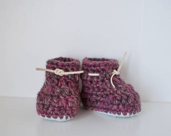 Purple tweed Baby booties // baby slippers // crochet baby footwear