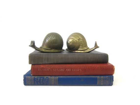 Small Brass Snails 2 Animal figurines Tiny Heavy Brass Set modern Home decor mid century brass Snails Shelf Sitter Decor