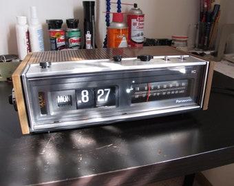 Restored - Panasonic RC-7053 Flip Clock Radio Ellsworth - 110V/60Hz