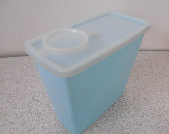 powder blue...vintage plastic cereal container