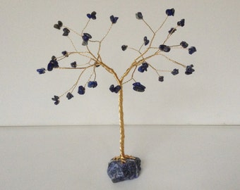 Lapis Lazuli Tree Sculpture. Blue and Gold Gemstone Tree Ornament. Royal Blue Lapis Lazuli and Sodalite Gold Wire Tree of Life Sculpture.T87
