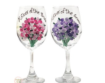 Mother of the Bride Gift, Hand Painted Wine Glass, Mother of the Bride, Wedding Gift for Mom, Floral Wine Glass to Match your Wedding Flower