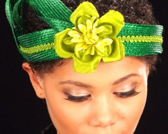 Ladies Green Straw Fascinator With Flower
