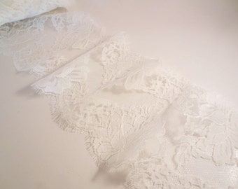 Silk White Rose Pattern French Chantilly Lace Trim--One  Yard