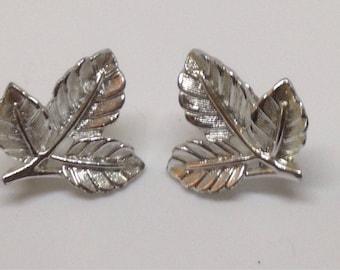 Vintage Sarah Coventry Silvertone Leaf Clip Earrings