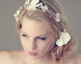 Small Flower and Pearls Hair Wrap/Wreath