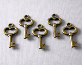 CHARM-AB-KEY-15.5MM - Antiqued Bronze Skeleton Key Charms - 10 pcs