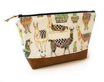 Llama Gift, Llama Makeup Bag, Llama Zipper Pouch, Diaper Clutch, Nappy Holder