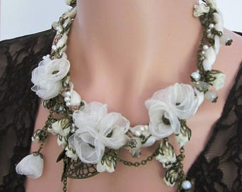 Bridal Flower necklace