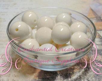 16mm Creamy Ivory Solid Acylic Beads Qty 14