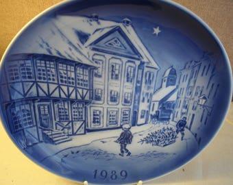 "Copenhagen Porcelain Wall Plate ""The Old House"" 1989"