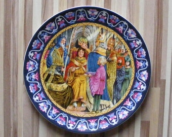 "Wedgwood The Legend Of King Arthur 'Arthur Crowned King' 9"" Plate"