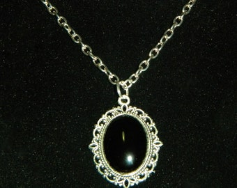 Silver and Black Necklace, Filigree, Black Agate, Victorian, Gothic Necklace on Silver Metal or Stainless Steel Chain.