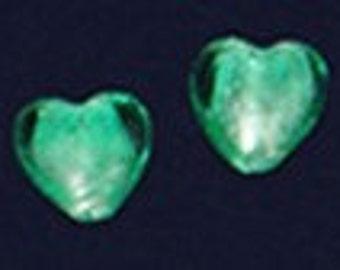 6pc - 14mm Iridescent Hunter Green Lampwork Heart Glass Spacer Beads