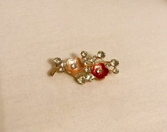 90's Stunning Floral Vintage Brooch      LV0158