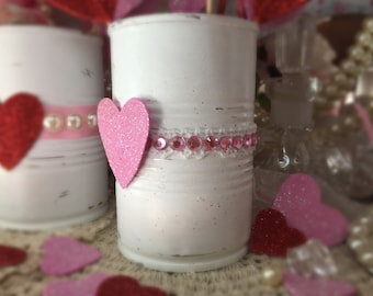 Valentines Day Decor White Painted Small Tin Can Pink Rhinestones Love Heart Lace Vase Centerpiece Candy Holder Gift Box Candle Party Decor