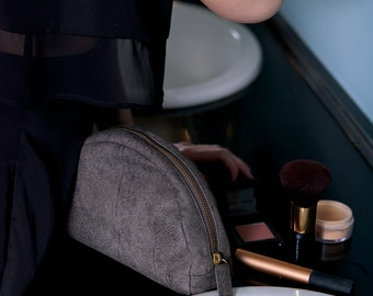 Cosmetic Bag, Leather Cosmetic Bag, Makeup Bag, Leather Makeup Bag, Travel Case, Makeup Case, Leather Makeup Case, Leather Toiletry Bag
