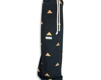 Gold triangle black Wobble Yoga bag