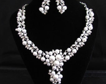 Statement Wedding Necklace in  silver tone and White Pearl Great Bridal Wedding Jewelry Pageant Jewelry