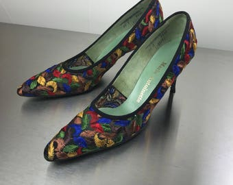 Vintage 1960s Colorful Embroidered Stiletto Heels size 10