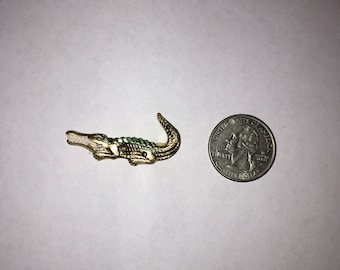 Vintage Alligator Gator Pin Metal Jewelry Handpainted  1.5-inches long Swamp Beast Reptile Crocodile