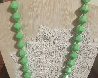Vintage Chunky Green Beaded Necklace