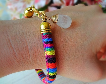 Fabric bracelet in bright colors with white quartz