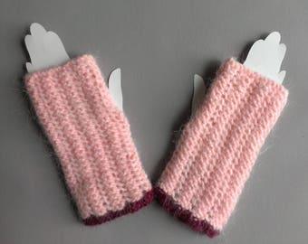 mittens women wool handmade pink and vanilla
