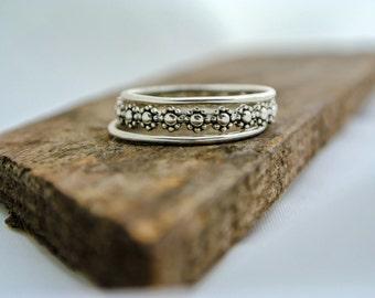 Daisy Ring Flower Ring Sterling Silver BOHO Stacking Rings Silver Stacking Ring Set Daisy Chain Woodland Ring Gift For Her Womens Gift