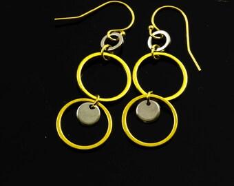Mixed Metal Dangling Hoops Earrings