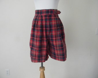 FREE usa SHIPPING Women's 1980s vintage high waist plaid shorts/ retro/ hipster/ school girl/ red/tartan/ cotton size 8