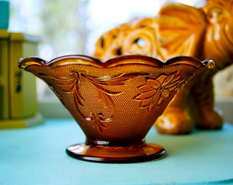 Vintage Mid-Century 1960's Imperial Glass Marigold Carnival Glass Flower Bowl Dishware