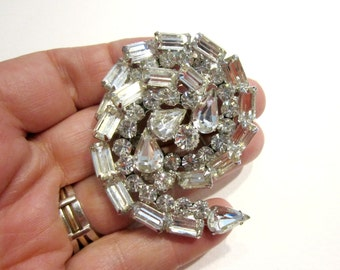 Vintage Clear Rhinestone Brooch Juliana Silver White Wedding Pin Large Swirling Vintage Brooch