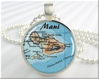 Maui Map Pendant, Resin Charm, Hawaiian Islands, Maui Hawaii Vacation Map Necklace, Picture Jewelry, Gift Under 20, Round Silver 645RS