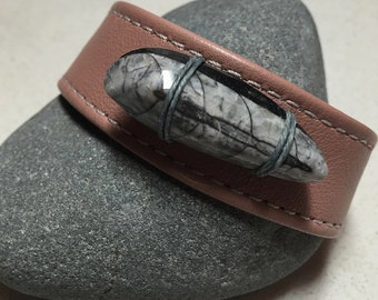 Women's Orthoceras And Pink Leather Cuff